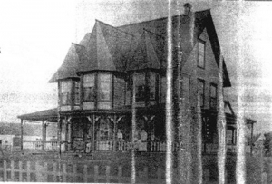 james V  b 1907 house 27 rooms Corn of beach (Medium)